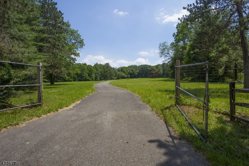 Land for Sale at 118 Village Road Green Village, 07935 United States