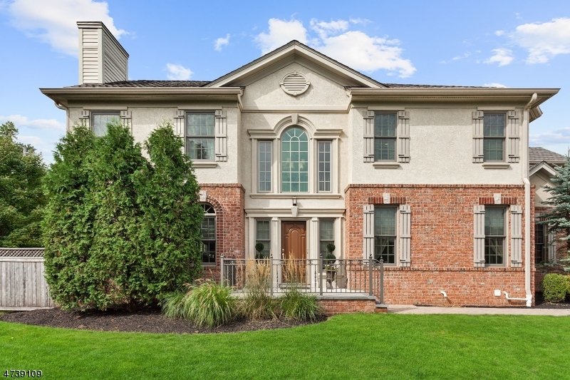 Casa Unifamiliar por un Venta en 33 Green Way New Providence, Nueva Jersey 07974 Estados Unidos
