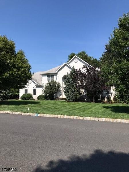 独户住宅 为 出租 在 39 Angus Lane Warren, 新泽西州 07059 美国