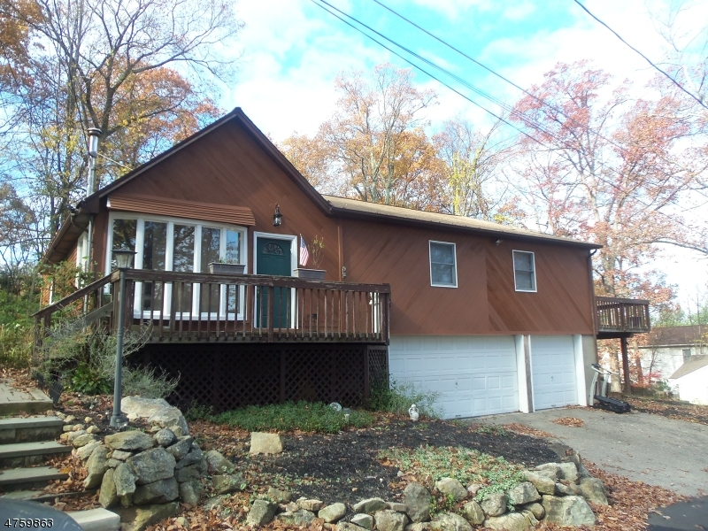 Casa Unifamiliar por un Alquiler en 6 CONDICT Road Hopatcong, Nueva Jersey 07843 Estados Unidos