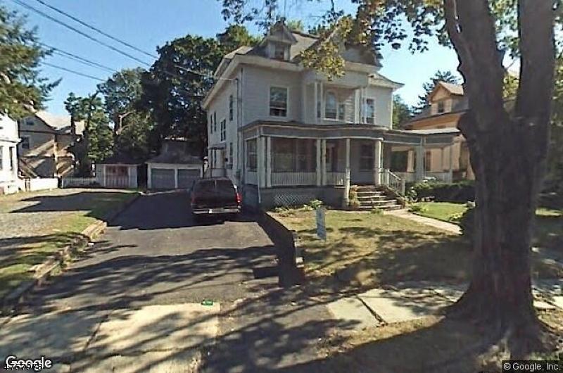 Maison avec plusieurs logements pour l Vente à 27 Willow Avenue North Plainfield, New Jersey 07060 États-Unis