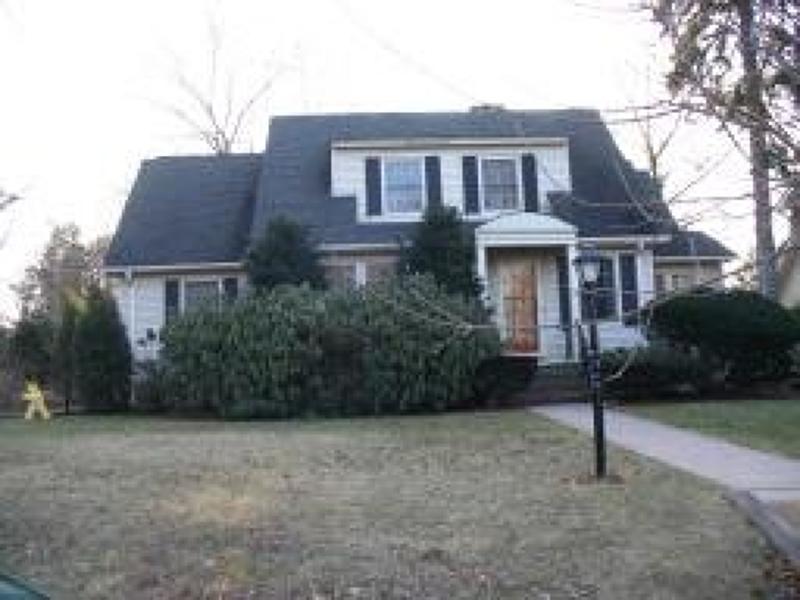 Частный односемейный дом для того Аренда на 35 Concord Avenue Glen Rock, Нью-Джерси 07452 Соединенные Штаты
