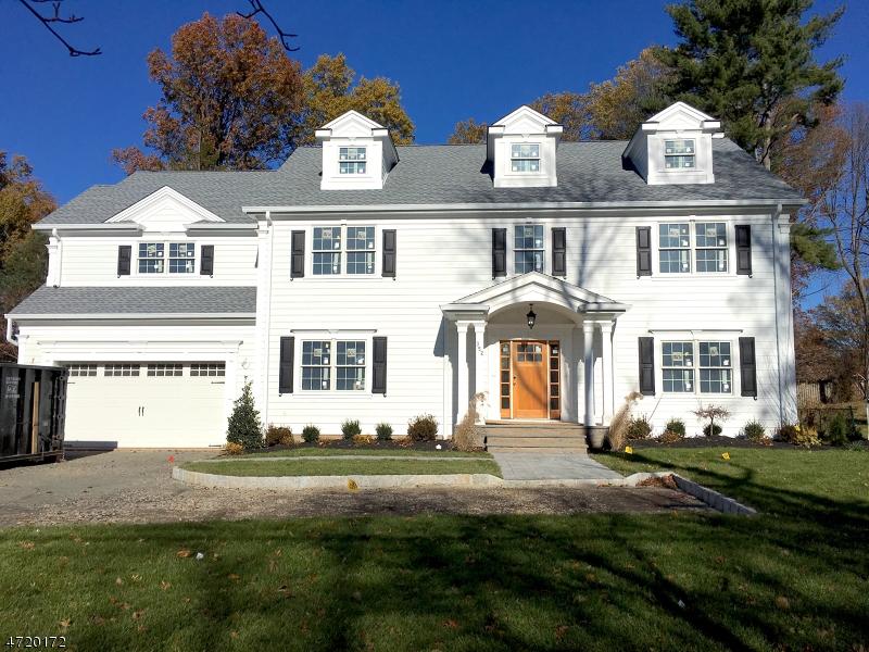 独户住宅 为 销售 在 352 Shunpike Road 查塔姆, 新泽西州 07928 美国