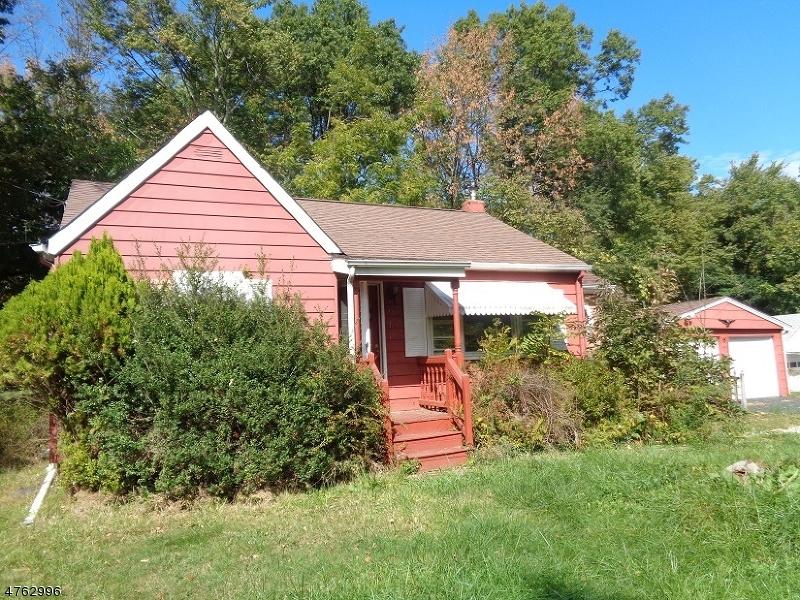단독 가정 주택 용 매매 에 64 Pleasant Avenue 64 Pleasant Avenue Cedar Knolls, 뉴저지 07927 미국