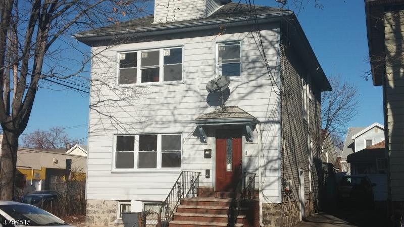 Частный односемейный дом для того Аренда на 914 87th Street North Bergen, Нью-Джерси 07047 Соединенные Штаты