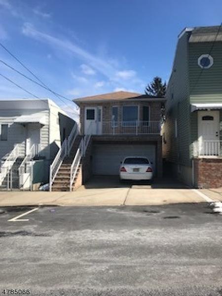 Частный односемейный дом для того Продажа на 1440 44th Street North Bergen, Нью-Джерси 07047 Соединенные Штаты