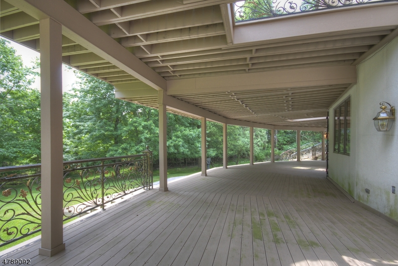 Additional photo for property listing at 26 Burning Hollow Rd 26 Burning Hollow Rd Saddle River, New Jersey 07458 United States