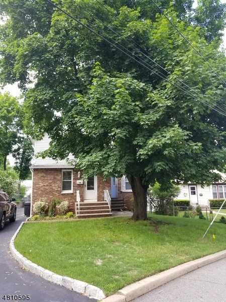 Tek Ailelik Ev için Satış at 18 ELM Street Butler, New Jersey 07405 Amerika Birleşik Devletleri