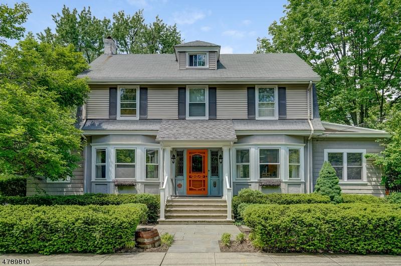 Maison unifamiliale pour l à louer à 25 LOCUST Drive Summit, New Jersey 07901 États-Unis