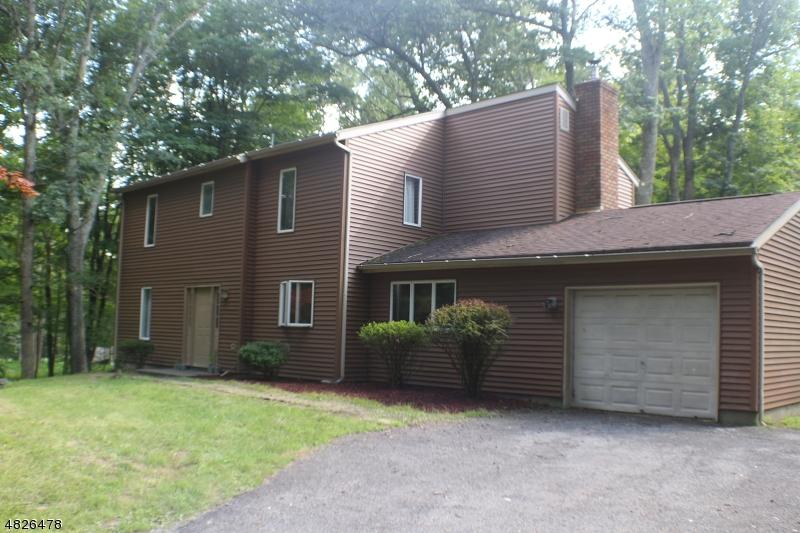 獨棟家庭住宅 為 出售 在 907 FAIRVIEW LAKE Road Stillwater, 新澤西州 07860 美國