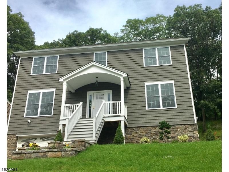Casa Unifamiliar por un Venta en 19 North Lake Shore Drive Rockaway, Nueva Jersey 07866 Estados Unidos