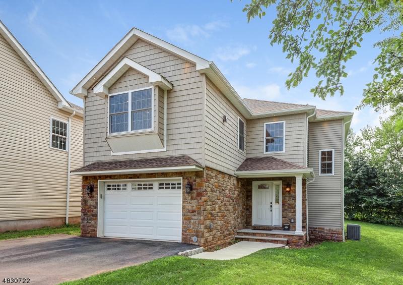 Einfamilienhaus für Verkauf beim 31 W GIBBONS Street Linden, New Jersey 07036 Vereinigte Staaten