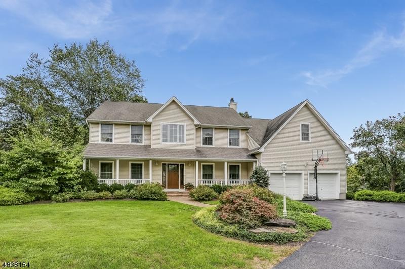 Eensgezinswoning voor Verkoop op 12 VALHALLA WAY Rockaway, New Jersey 07866 Verenigde Staten
