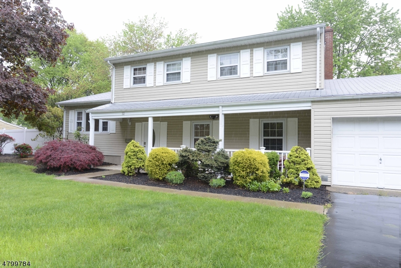 Single Family Home for Sale at 32 CURTIS Drive Lincoln Park, New Jersey 07035 United States