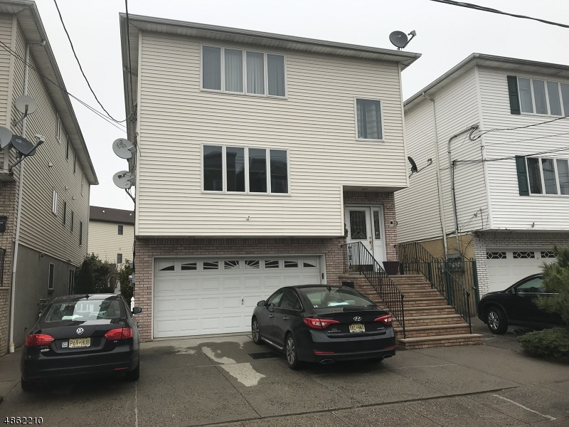 Villas / Townhouses for Sale at 18 ST FRANCIS ST 18 ST FRANCIS ST Newark, New Jersey 07105 United States