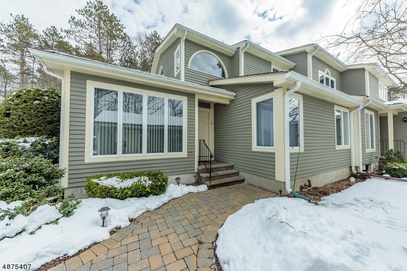 Condo / Casa geminada para Venda às 50 OLD 4TH Drive Jefferson Township, Nova Jersey 07438 Estados Unidos