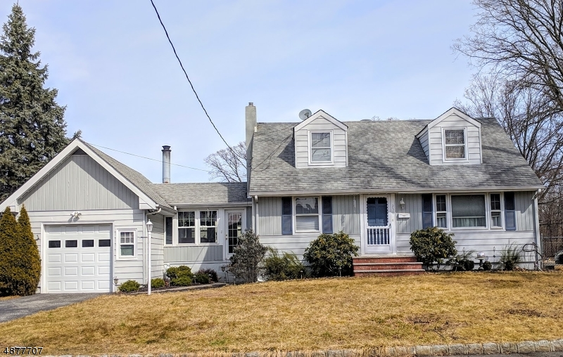 Single Family Home for Sale at 250 FAITOUTE Avenue Kenilworth, New Jersey 07033 United States