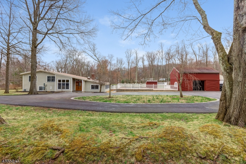 Single Family Home for Sale at 34 MILLBROOK RD 34 MILLBROOK RD Harding Township, New Jersey 07976 United States