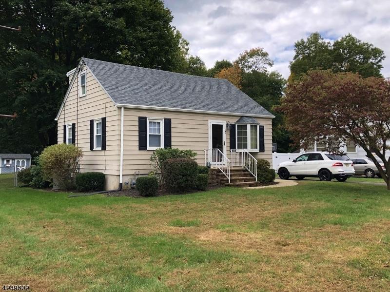 Single Family Homes 為 出售 在 Mine Hill, 新澤西州 07803 美國