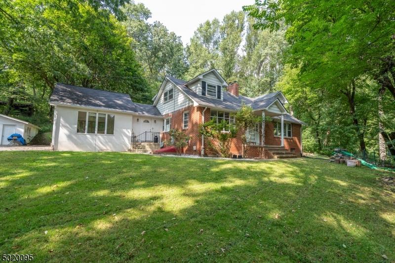 Single Family Homes für Verkauf beim Holland Township, New Jersey 08848 Vereinigte Staaten