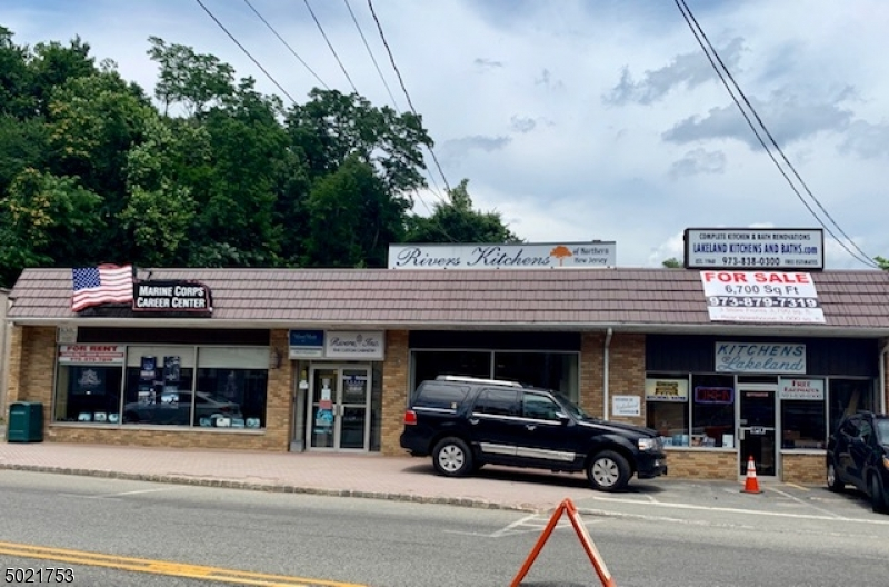 Commercial for Sale at Bloomingdale, New Jersey 07403 United States