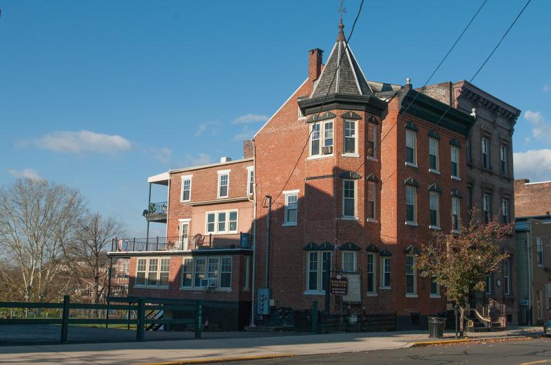 Additional photo for property listing at 102-104 S. Main Street  Phillipsburg, Nueva Jersey 08865 Estados Unidos