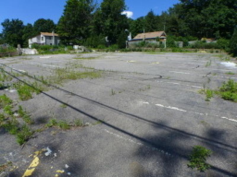 商用 为 销售 在 736 Warwick Tpke Hewitt, 新泽西州 07421 美国