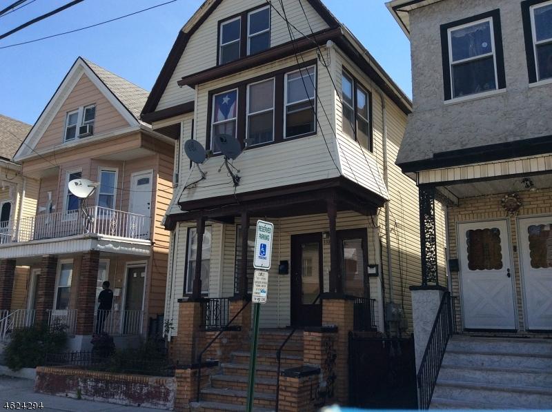 Casa Multifamiliar por un Venta en Address Not Available Elizabeth, Nueva Jersey 07201 Estados Unidos