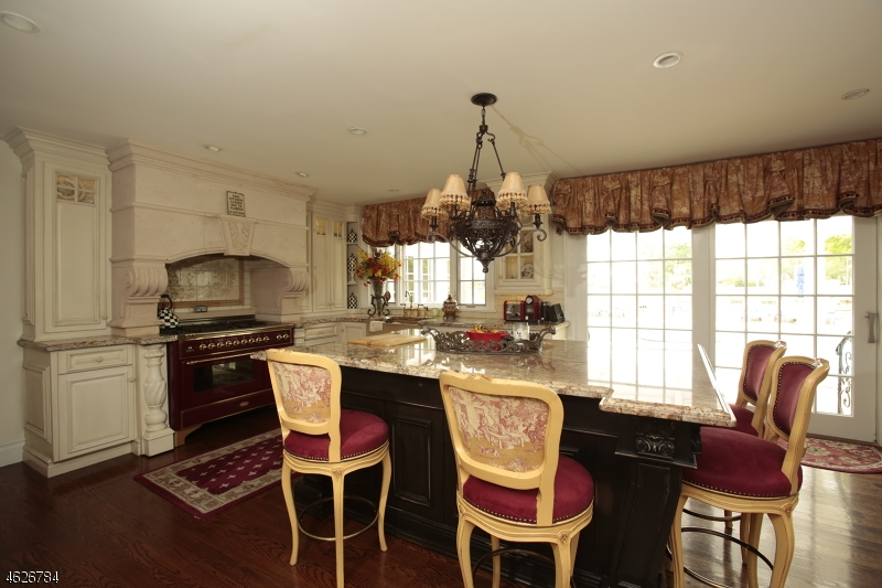 Additional photo for property listing at 66 Oakes Road  Little Silver, Nueva Jersey 07739 Estados Unidos