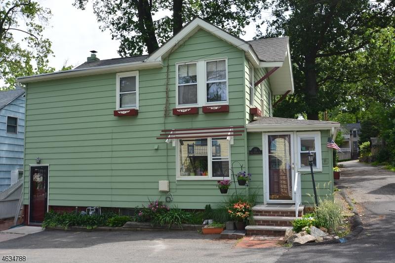 Maison unifamiliale pour l Vente à 23 W Hedding Place Mount Tabor, New Jersey 07878 États-Unis