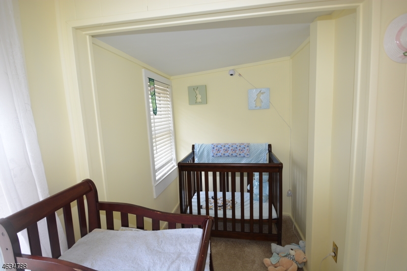 Additional photo for property listing at 23 W Hedding Place  Mount Tabor, Nueva Jersey 07878 Estados Unidos