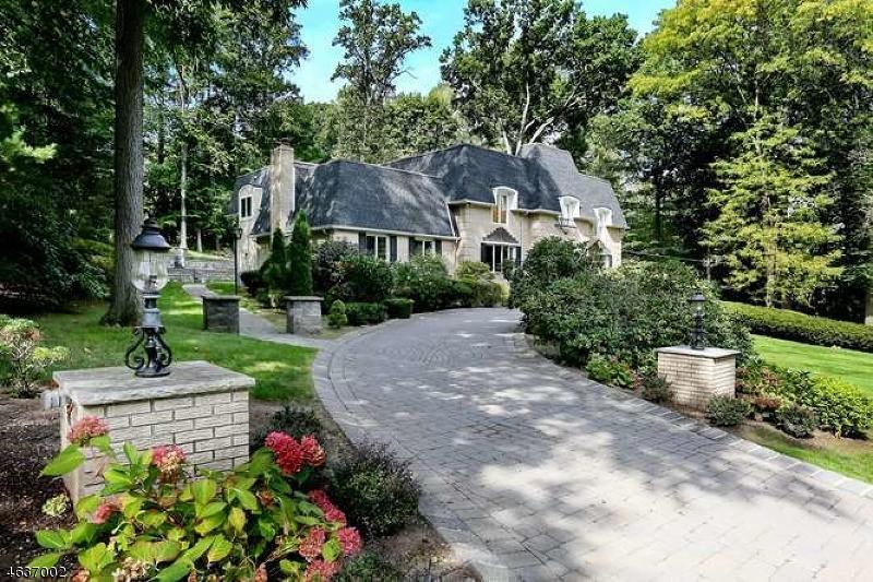Частный односемейный дом для того Продажа на 522 Huckleberry Lane Franklin Lakes, Нью-Джерси 07417 Соединенные Штаты