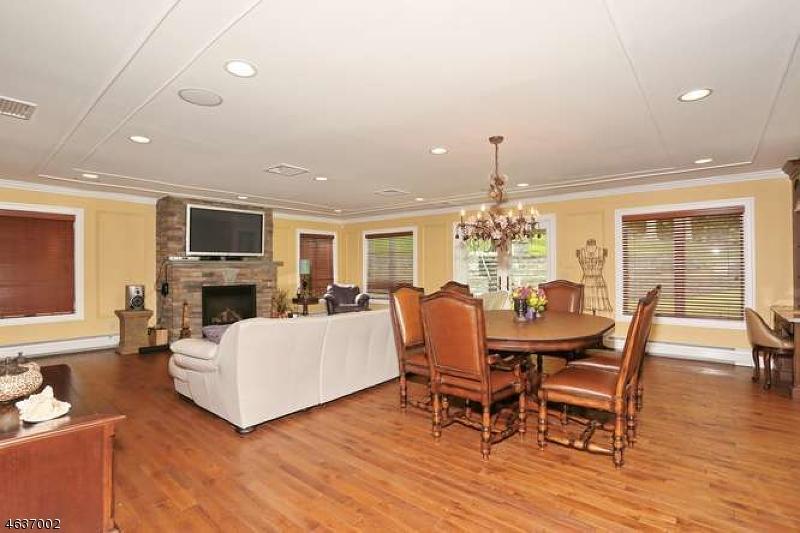 Additional photo for property listing at 522 Huckleberry Lane  Franklin Lakes, Нью-Джерси 07417 Соединенные Штаты