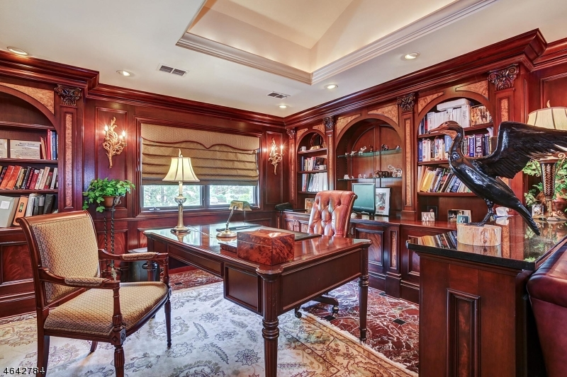 Additional photo for property listing at 2242 Shawnee Path  Scotch Plains, New Jersey 07076 États-Unis