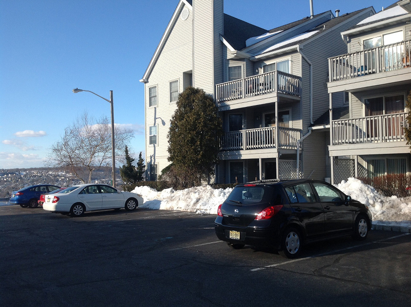 Additional photo for property listing at 14 Amethyst Lane  Paterson, New Jersey 07501 États-Unis