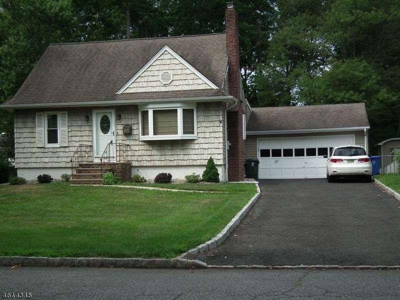 独户住宅 为 销售 在 27 Brookside Ter Clark, 新泽西州 07066 美国