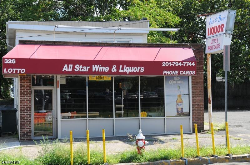 Коммерческий для того Продажа на 326 Broadway Elmwood Park, Нью-Джерси 07407 Соединенные Штаты