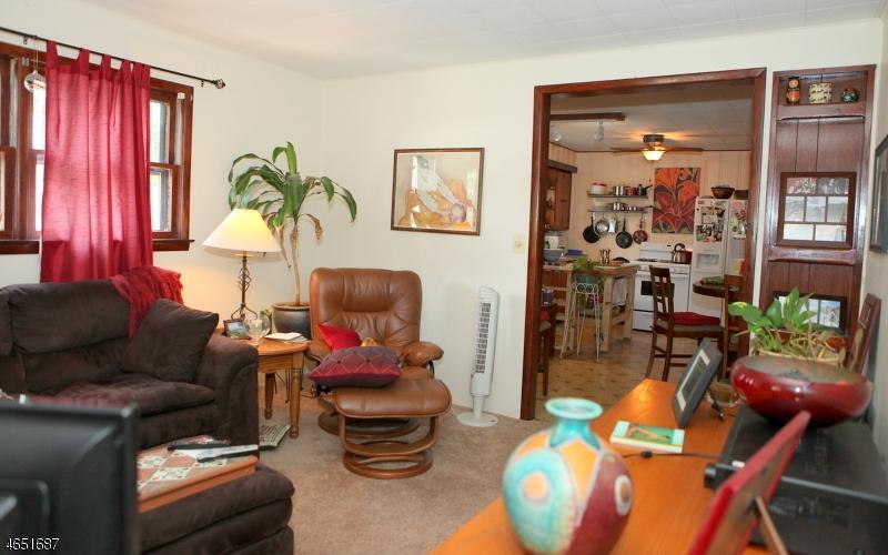 Additional photo for property listing at 423 Church Street  Boonton, Нью-Джерси 07005 Соединенные Штаты