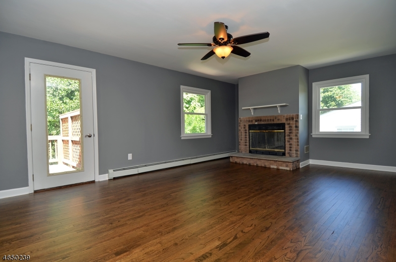 Additional photo for property listing at 10 Kakeout Road  Butler, New Jersey 07405 United States