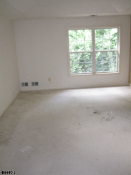 Additional photo for property listing at 140 Barrister Drive  Butler, New Jersey 07405 United States