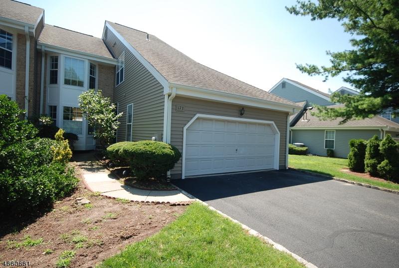 独户住宅 为 出租 在 173 Dezenzo Lane 西奥兰治, 新泽西州 07052 美国