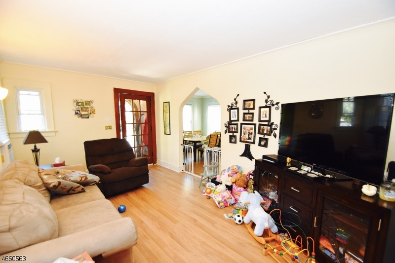 Additional photo for property listing at Address Not Available  Belleville, 新泽西州 07109 美国