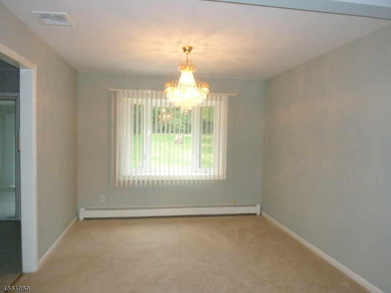 Additional photo for property listing at 27 Johnson Avenue  Gillette, New Jersey 07933 United States