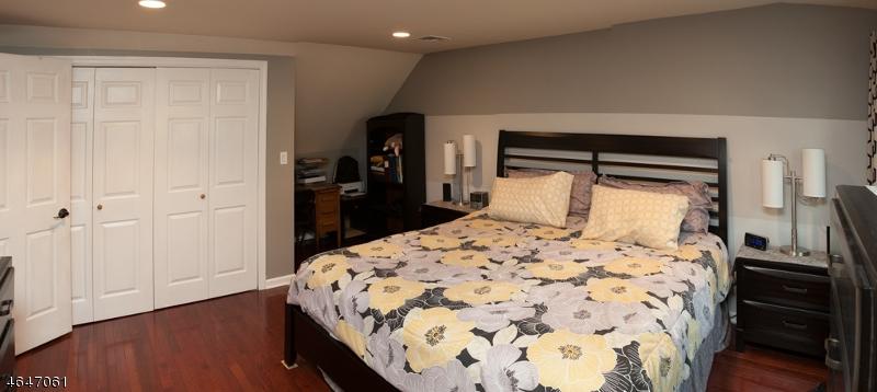 Additional photo for property listing at 18 MEADOW Drive  Totowa Boro, Nueva Jersey 07512 Estados Unidos
