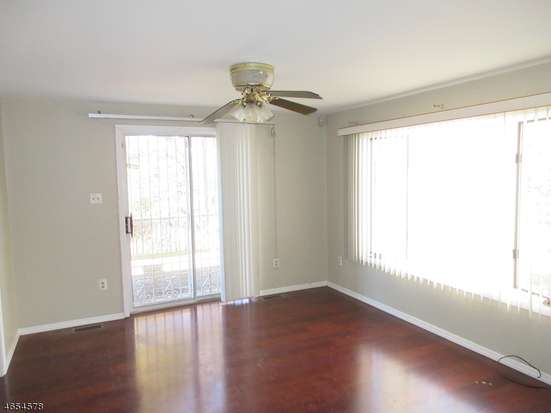 Additional photo for property listing at Address Not Available  East Orange, Нью-Джерси 07017 Соединенные Штаты