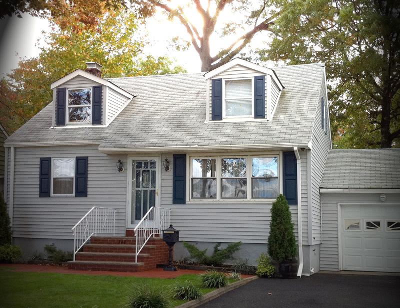 Casa Unifamiliar por un Alquiler en 343 Faitoute Avenue Kenilworth, Nueva Jersey 07033 Estados Unidos