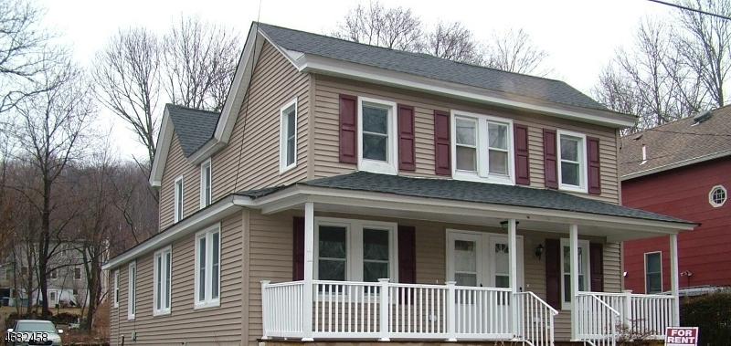 Casa Unifamiliar por un Alquiler en 131 MAIN Street Stanhope, Nueva Jersey 07874 Estados Unidos