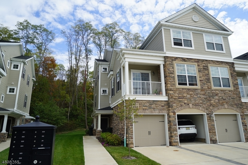 Частный односемейный дом для того Аренда на 408 Waterview Court Cedar Knolls, Нью-Джерси 07927 Соединенные Штаты