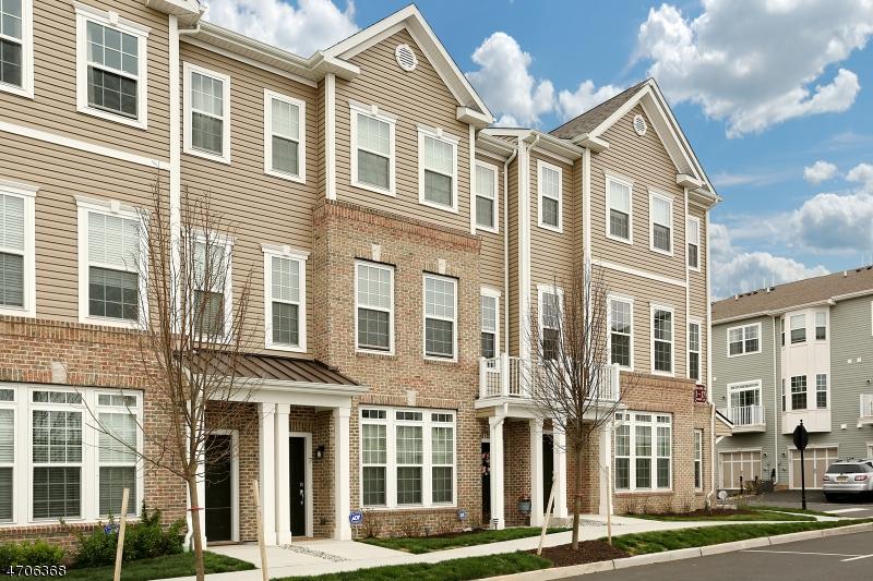 Maison unifamiliale pour l Vente à 5 Kennedy Place Wood Ridge, New Jersey 07075 États-Unis