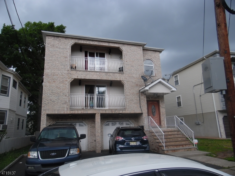 Single Family Home for Rent at 441 W End Avenue Elizabeth, New Jersey 07202 United States